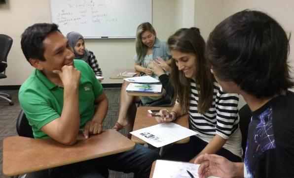 inlingua students using the inlingua method