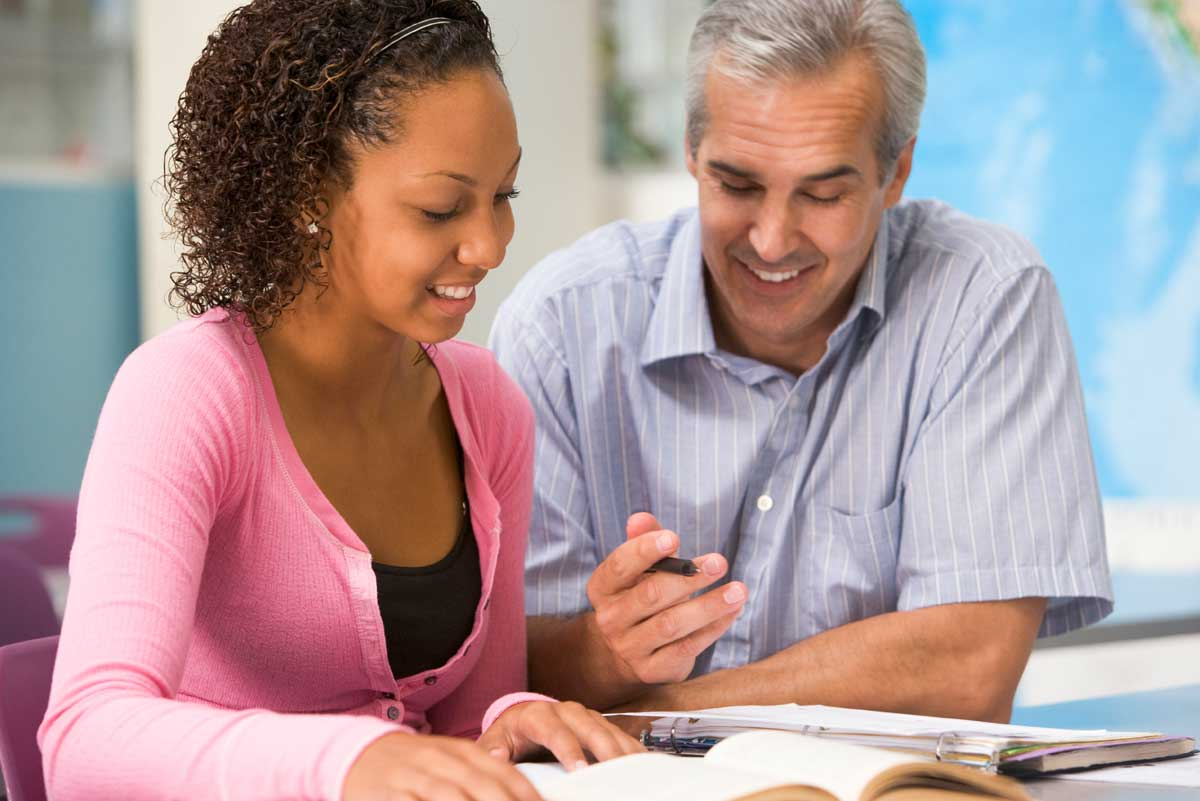 5 Reasons You Need a Language Trainer Instead of a Language Teacher