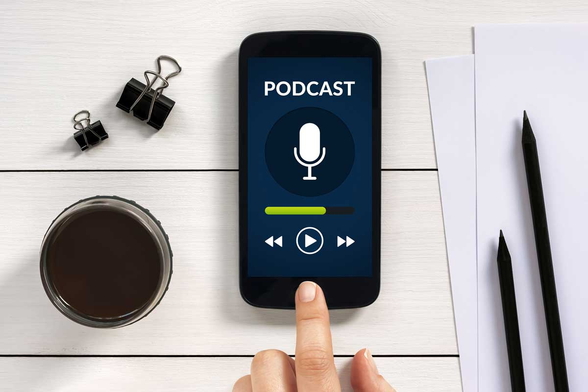 The Best 15 Podcasts for Learning English - inlingua Washington DC